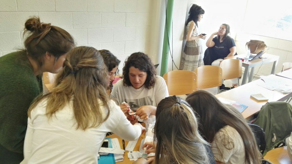 XORNADA DE SENSIBILIZACIÓN EN MIGRACIÓN ONG MESTURA UDC